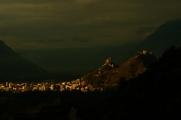 La Ville de Sion au lever du jour depuis le Clos.